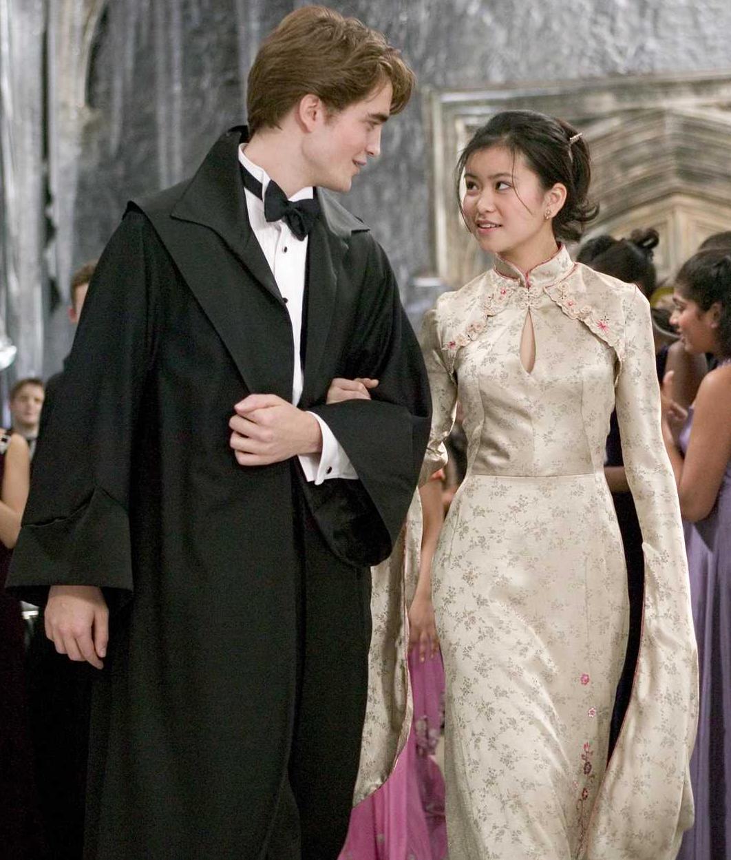 Talk Robes Harry Potter Wiki Fandom
