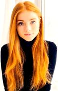 Teenage Lily Evans (Hunter's Melody)