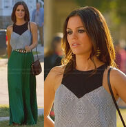 Zoes-green-maxi-dress-black-panel-top