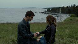 Nathan and Lexie reunite.jpg