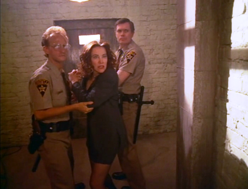 Tales from the Crypt 6x01 003.png