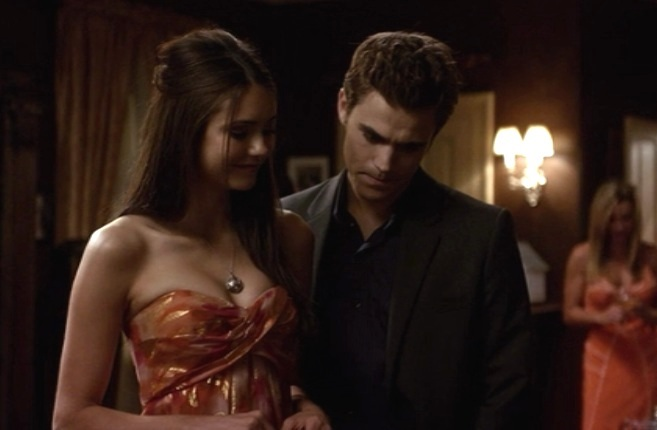 Vampire Diaries: Family Ties