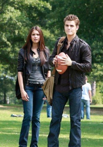Vampire Diaries 1x03 001.jpg