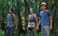 Walking Dead 2x02 001.jpg