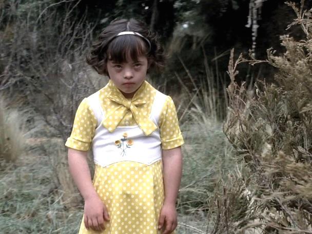 American Horror Story 1x01 015.jpg