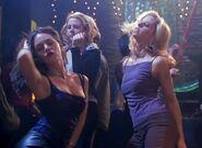 Dancing 003