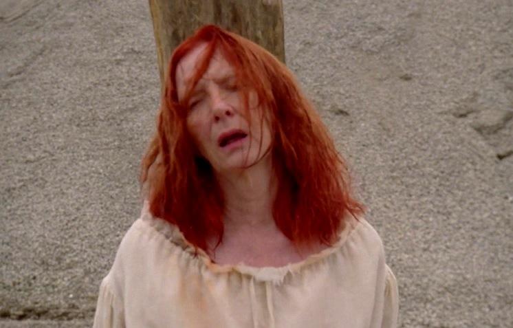 American Horror Story 3x05 007.jpg