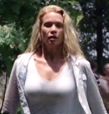 Walking Dead 1x03 006.jpg