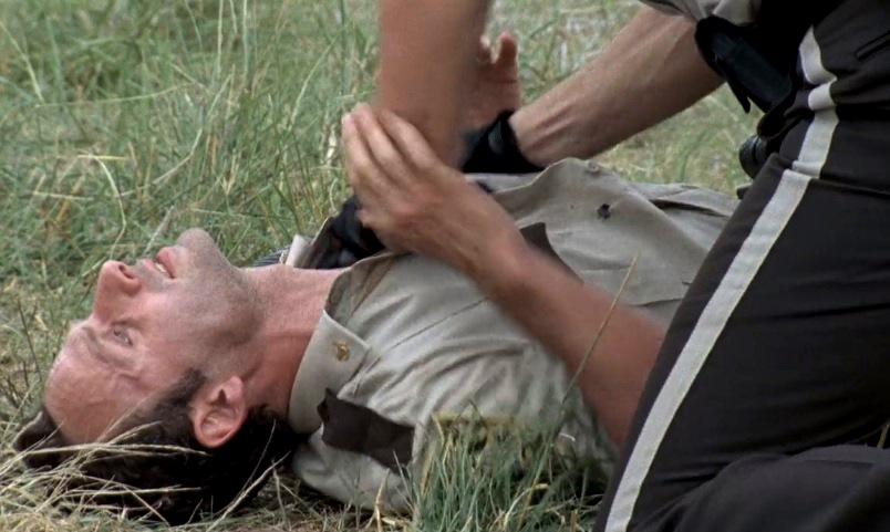 Walking Dead 1x01 024.jpg