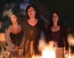 Charmed 1x01 009.jpg