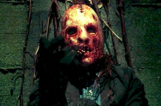 American Horror Story 2x03 006.jpg