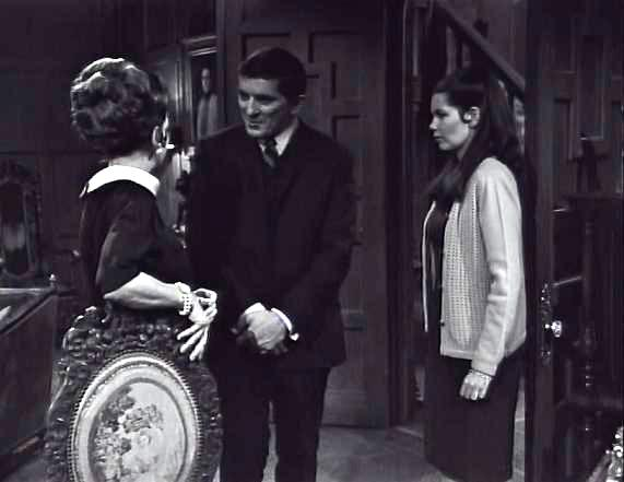 Dark Shadows: The Arrival of Barnabas Collins