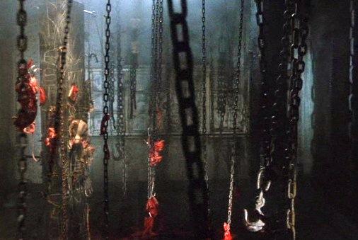 Hellraiser 007 - Chains.jpg