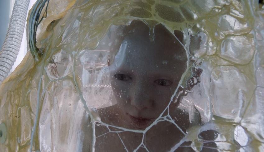 Hemlock Grove 1x13 002.jpg
