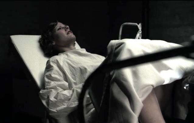 American Horror Story 1x04 001.jpg