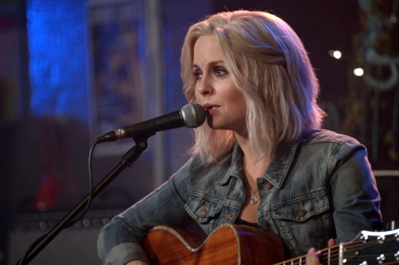 IZombie: Even Cowgirls Get the Black and Blues