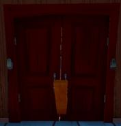 Альфа 2 доска блокирует дверь 2