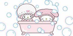 MymeloXpiano bath.jpg