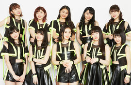 ANGERME-NakenaizeKyoukanSagi-group.jpg
