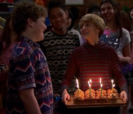 HD 1x01 birthday muffins.png