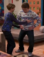 HD 1x11 henry about to catch jasper.png