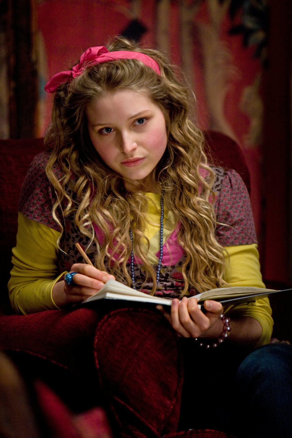 Lavender Brown | Heroes and Villains Wiki | Fandom