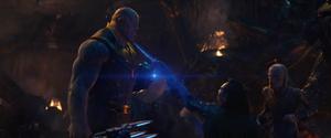 Loki fails to kill Thanos
