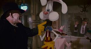Roger Rabbit held by Doom