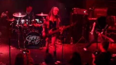 Cherri Bomb (Hey Violet) - IF I Told You - Live @ Troubadour