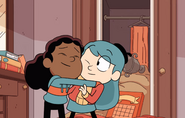 Hilda and frida hug