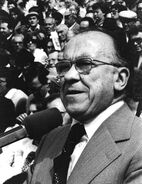 Santiago Carrillo 003