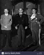 Adolf-hitler-recibe-hungaro-gyula-gmbs-politico-en-una-recepcion-en-berlin-con-hermann-goering-p66w9n