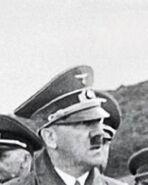 Adolf flipando