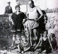 Famiglia Mussolini, Levanto 1923