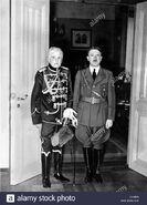 Adolf-hitler-con-von-mackensen-1939-c458rn