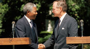 Bush Sr y Mandela
