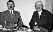 Pedro Pablo Kuczynski with Hitler in 1940