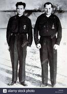 Primo-de-rivera-jose-antonio-politico-espaol-madrid-1903-1936-foto-a-la-edad-de-30-aos-junto-a-redondo-onesimo-politico-espaol-quintanilla-de-abajo-1905-1936-reproduccion-foto-P6DAMW