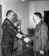 Bundesarchiv Bild 183-V00538-3, Karl Dönitz, Adolf Hitler