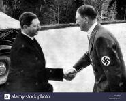 Adolf-hitler-with-king-carol-ii-of-romania-1938-DYYE6X