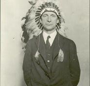 De Valera haciendo el indio
