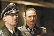 Der Untergang-Himmler links