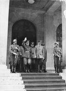 Bundesarchiv Bild 183-B03212, München, Staatsbesuch Jon Antonescu bei Hitler