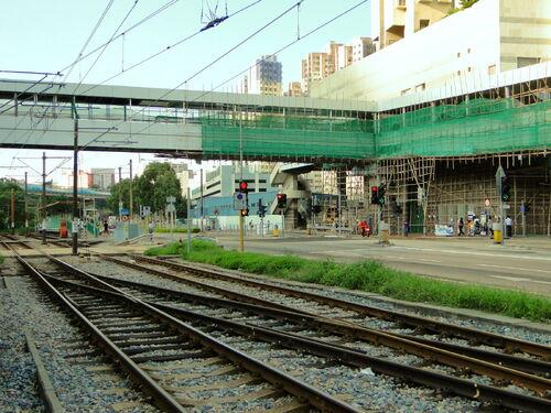 Cross over LRT Depot.JPG