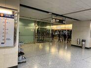 Hong Kong Tung Chung Line platform 30-03-2020