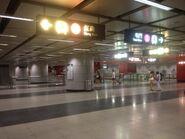 Tusen Wan West concourse