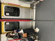 MTR Island Line train door 12-11-2020