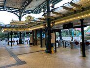 Disneyland Station gate 09-05-2021