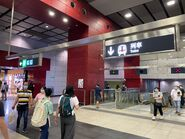 Tsuen Wan West to concourse escalator(2) 06-06-2020