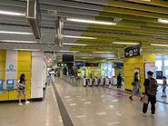 Wong Chuk Hang concourse 05-05-2021(2)